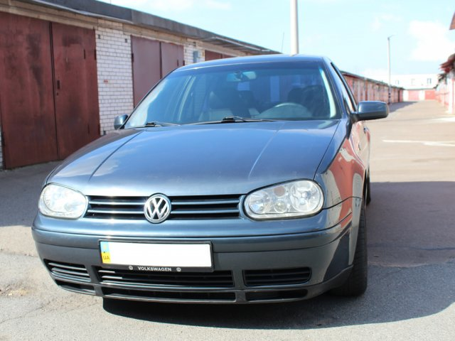 Volkswagen Golf 4 V5 2.3